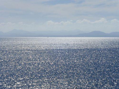 2016/11 - Blick von Lanzarote über das Meer nach Fuerteventura.