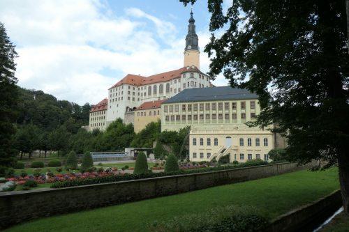 2021/08 - Schloss und Park auf einem Blick.